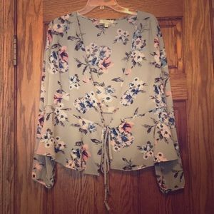 Floral Front Ti Long Sleeve Blouse Cut Out Sleeves